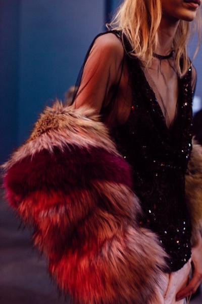 womens-fashion-ideas-pink-black-fur-sequins