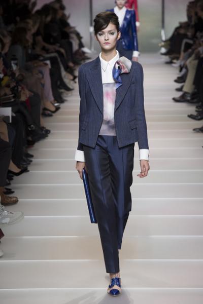 womens-fashion-look-blue