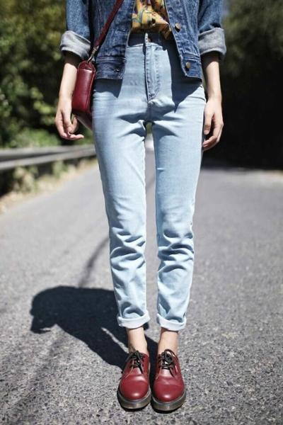 womens-fashion-ootd-denim-masculine-burgundy-boyfriend-jeans
