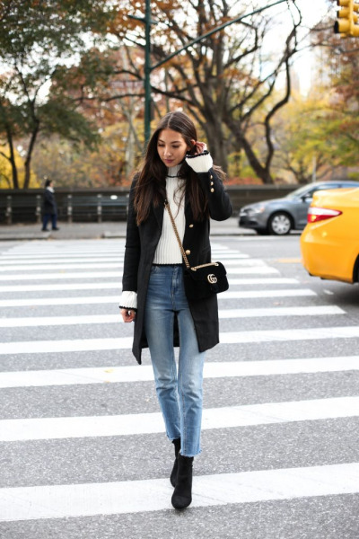 womens-style-inspiration-white-black-boyfriend-jeans-turtlenecks