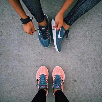 womens-fashion-ootd-sportswear-bright-colors