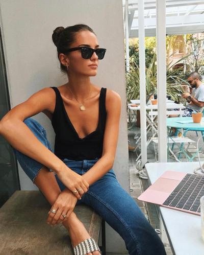 womens-fashion-ootd-black-denim-chic-sunglasses