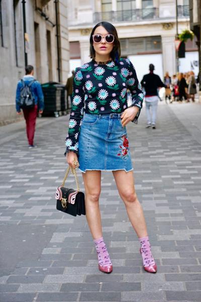 womens-fashion-outfit-florals-denim