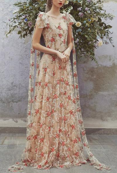 womens-fashion-outfit-florals-embroidery-multicolor
