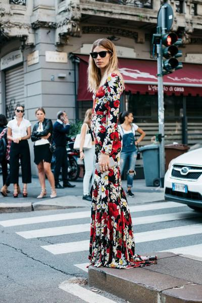 womens-fashion-photography-florals-prints-multicolor
