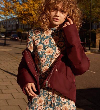 womens-style-inspiration-florals-prints-burgundy-puffer-coats