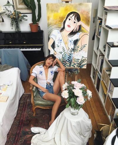 womens-fashion-outfit-florals-white-denim