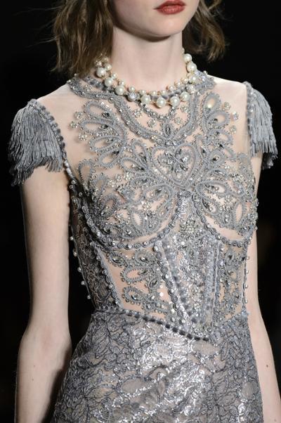 womens-fashion-ideas-grey-embroidery