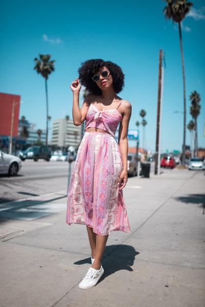 womens-fashion-outfit-pink-hippie