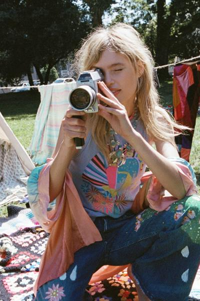 womens-fashion-photography-denim-hippie-multicolor-seventies
