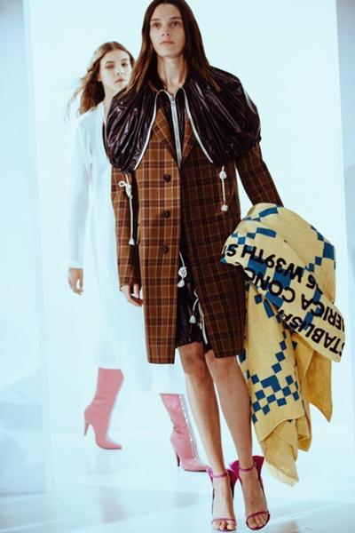 womens-fashion-inspiration-brown-light-coats-plaid