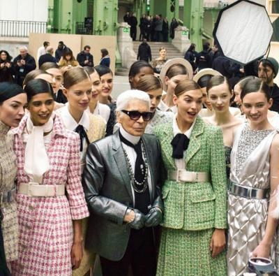 womens-fashion-inspiration-silver-pastels-light-coats