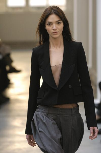 womens-fashion-outfit-black-masculine-transparent