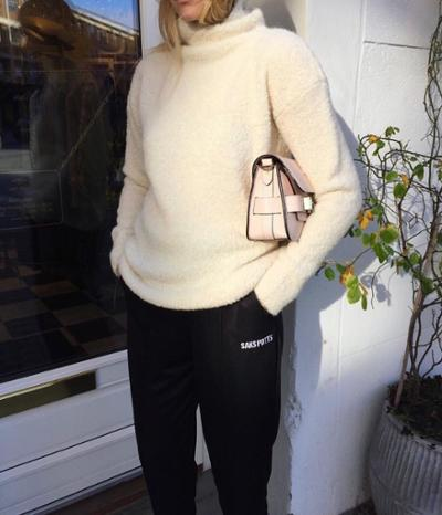 womens-fashion-inspiration-pink-black-leather-turtlenecks