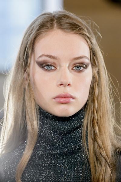 womens-fashion-inspiration-silver-turtlenecks