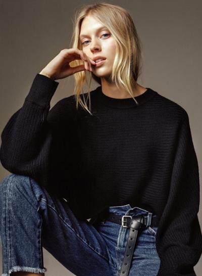 womens-fashion-inspiration-black-denim-wide-belts
