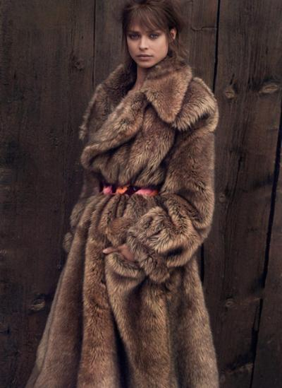 womens-style-inspiration-winter-coats-brown-fur-wide-belts