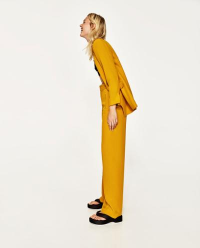womens-fashion-photography-yellow