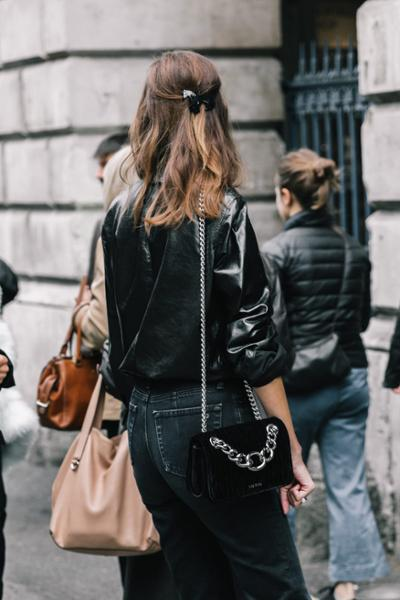 womens-fashion-outfit-leather-denim-chain-bags-all-black