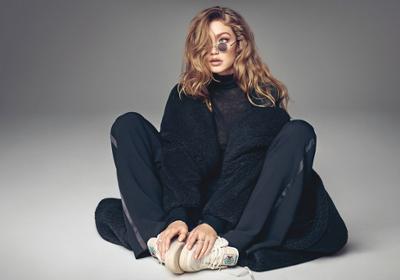 womens-fashion-inspiration-winter-coats-turtlenecks-all-black-chic-sunglasses