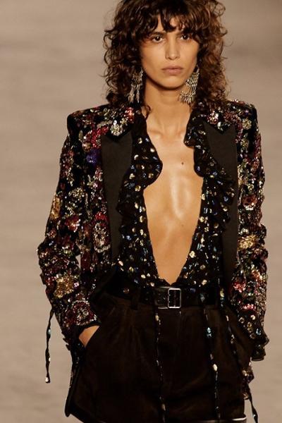 womens-fashion-inspiration-florals-sequins-ruffles-all-black