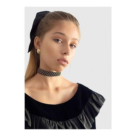 womens-fashion-ootd-velvet-all-black
