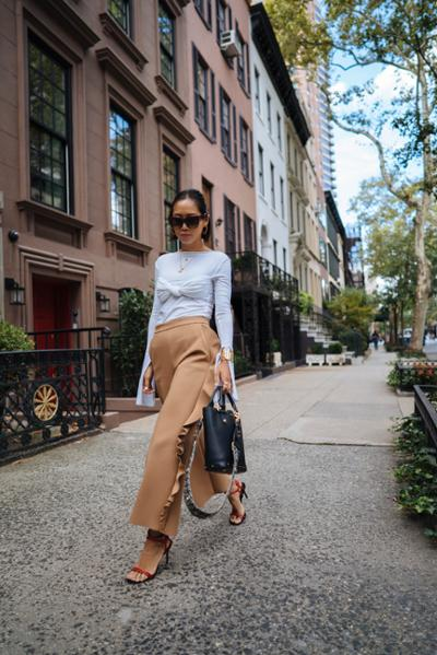 womens-fashion-ootd-beige-ruffles