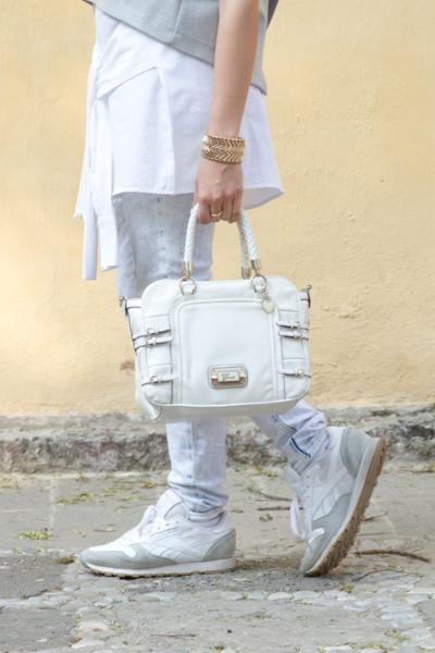 womens-fashion-outfit-grey-sportswear-big-jewelry-skinny-pants