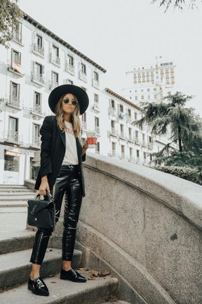 womens-fashion-ootd-black-and-white
