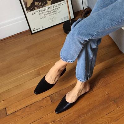 womens-fashion-inspiration-black-leather-denim
