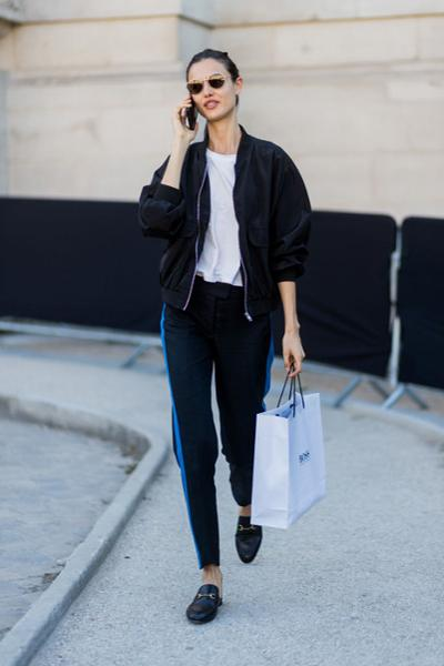 womens-fashion-outfit-blue-suede