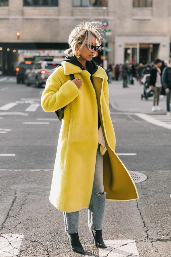 womens-fashion-look-winter-coats-multicolor-boyfriend-jeans-chic-sunglasses