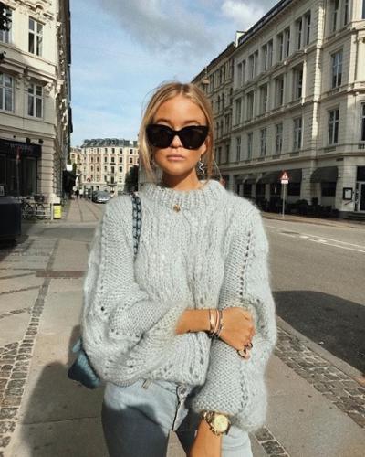 womens-fashion-look-pastels-denim-chain-bags-chic-sunglasses