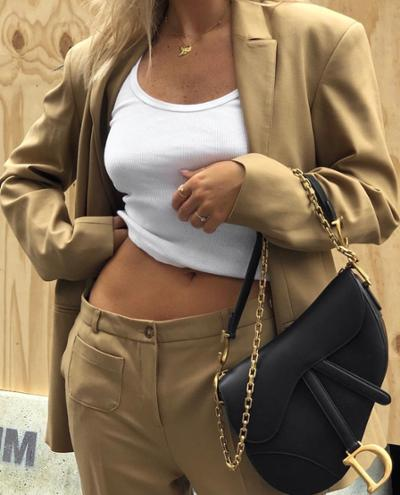womens-fashion-outfit-white-camel-chains