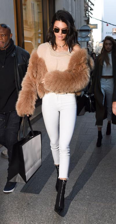 womens-fashion-ideas-white-camel-skinny-pants-chic-sunglasses