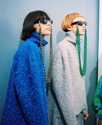 womens-fashion-ootd-blue-silver-turtlenecks-chic-sunglasses