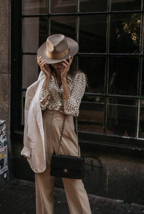 womens-style-inspiration-polka-dots-camel-flared-pants
