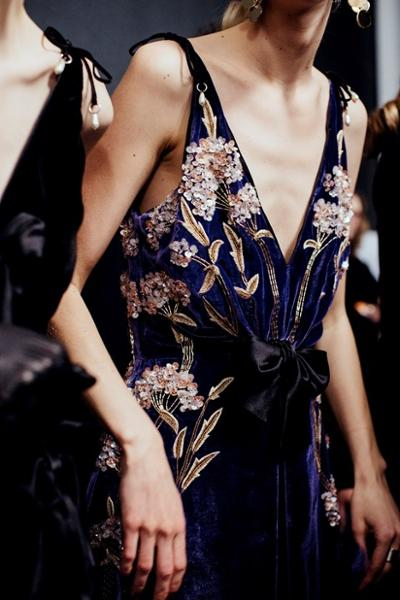womens-fashion-photography-florals-embroidery-multicolor