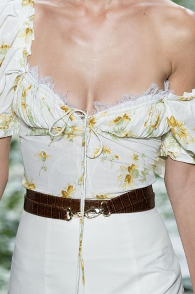 womens-fashion-inspiration-florals-leather-lace-wide-belts