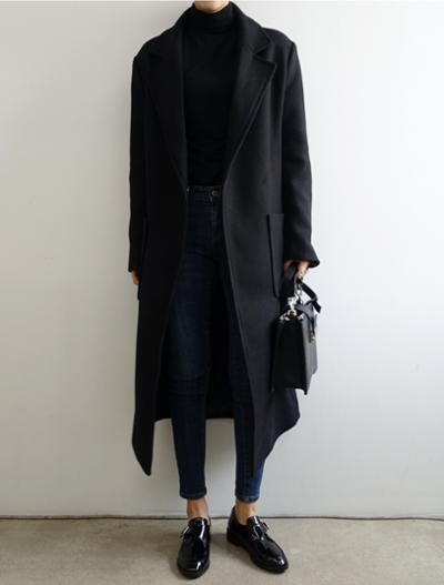 womens-fashion-ideas-black-denim-masculine-turtlenecks