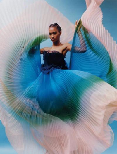 womens-fashion-photography-multicolor-plaid