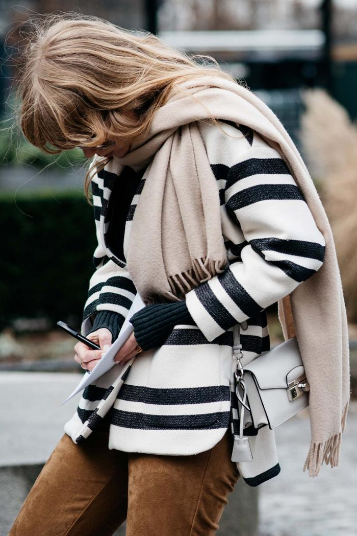 womens-fashion-outfit-multicolor-stripes