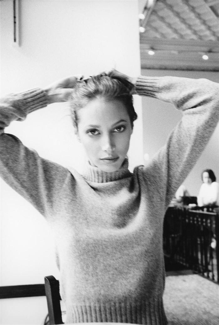 womens-fashion-ideas-black-and-white-turtlenecks